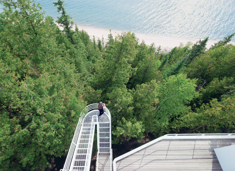 The Douglas House by Richard Meier on Lake Michigan