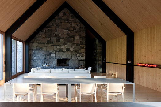 Woodstock Farm House in Vermont by Rick Joy Architects